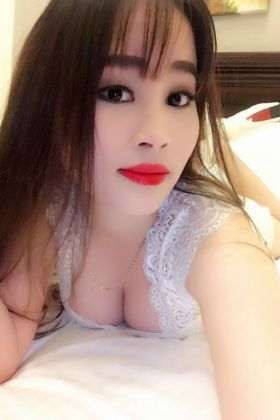 Call girl Kelly, (21 year, Doha)