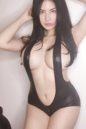 Call girl Sisi (20 yrs, Doha)