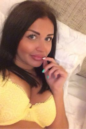 Call girl Anna (23 yrs, Doha)