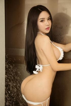 Call girl Abby (21 yrs, Doha)
