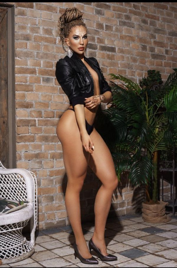 Caro, a polish escort Doha has for you
