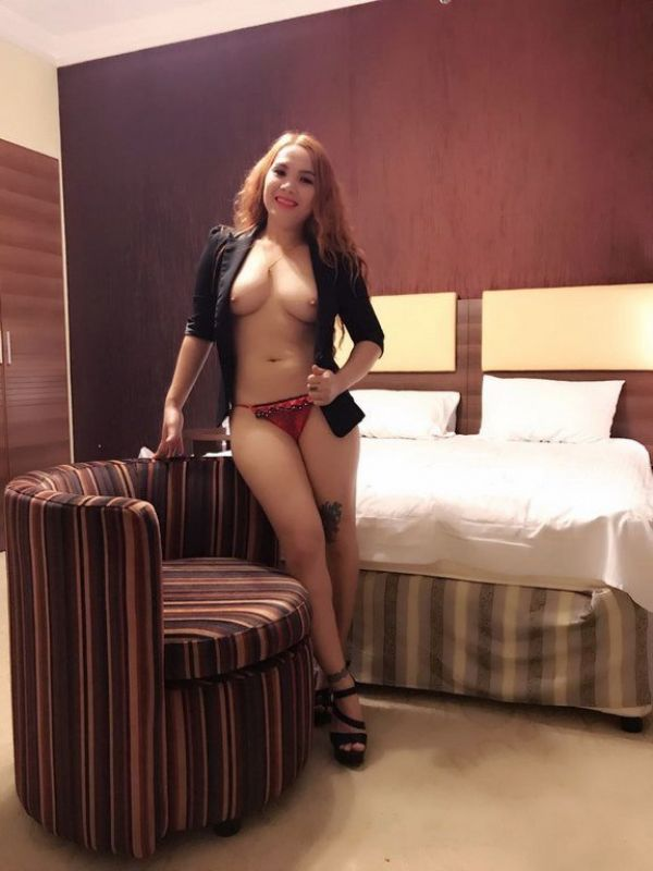 BDSM dating with mistress escort Wendy