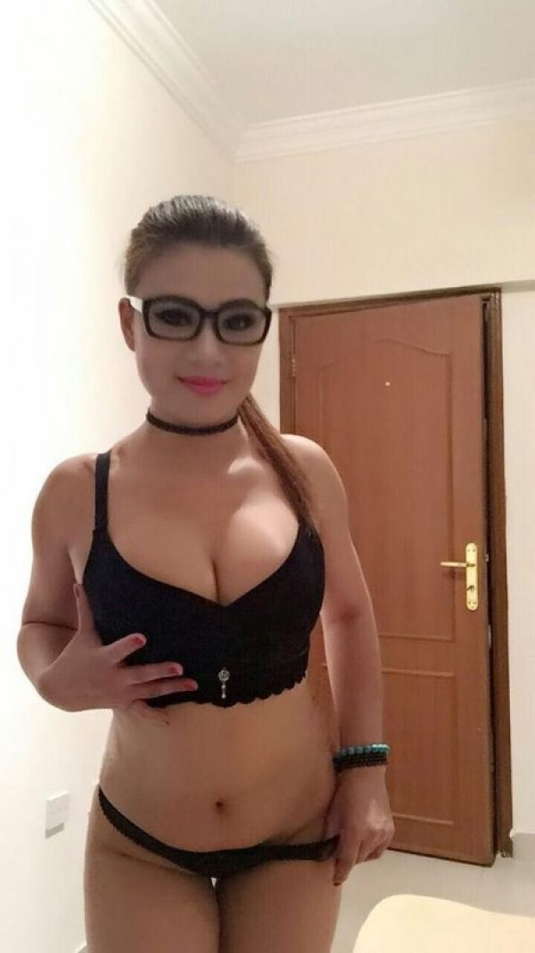 Massage girl in Doha: Anal Sex (21 y.o.)
