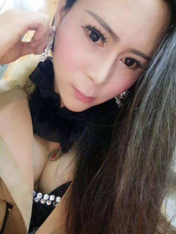 call girl Ts Lili queen top and bottm, from Doha