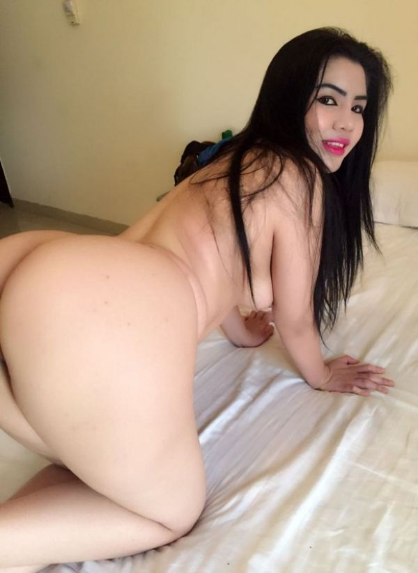 Lots of kissing and cuddling with Doha asian escort Just Landed Zia from Philippines